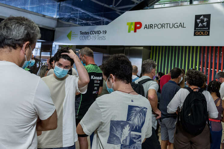 Greve da GroundForce aeroporto de Lisboa com dezenas de voos cancelados