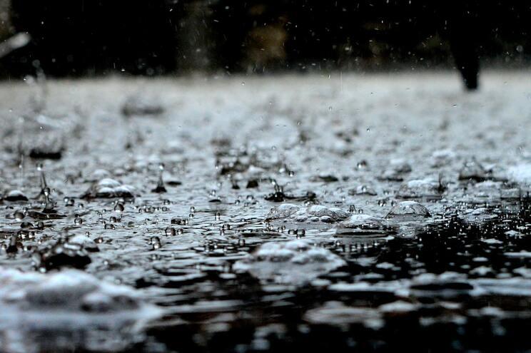 Mais de 1600 casas ficaram inundadas