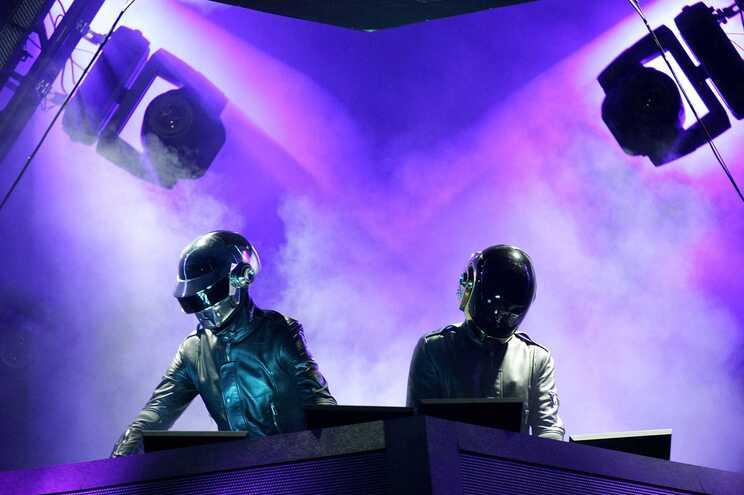 Dupla francesa de eletrónica Daft Punk chega ao fim