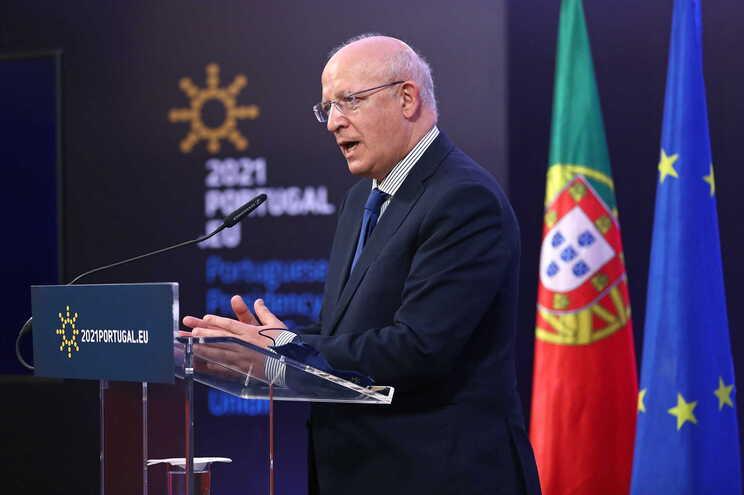 Portugal prepara cimeiras europeias presenciais no Porto em maio