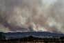 O fogo deflagrou na madrugada de segunda-feira em Castro Marim, no distrito de Faro