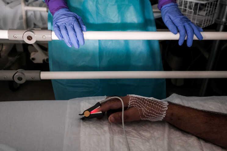 Nas últimas 24 horas recuperaram da doença 2365 pessoas em Portugal