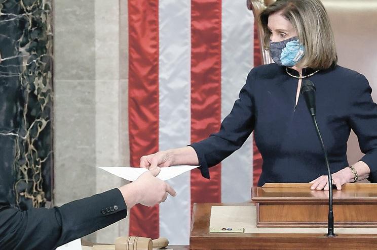 Nancy Pelosi liderou a votação na Câmara dos Representantes, da qual a democrata é presidente