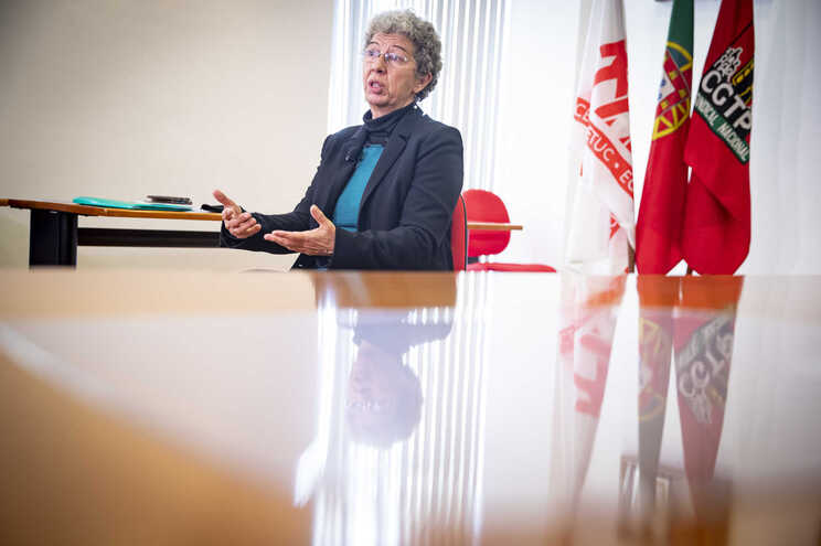 A secretária-geral da CGTP-IN, Isabel Camarinha