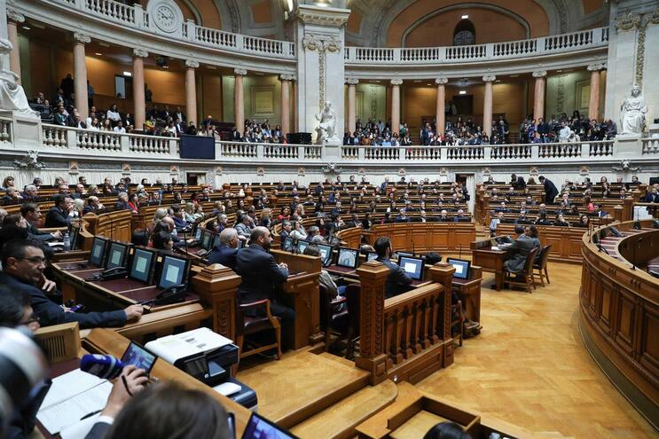 Regimento só contempla tempos de intervenção para grupos parlamentares