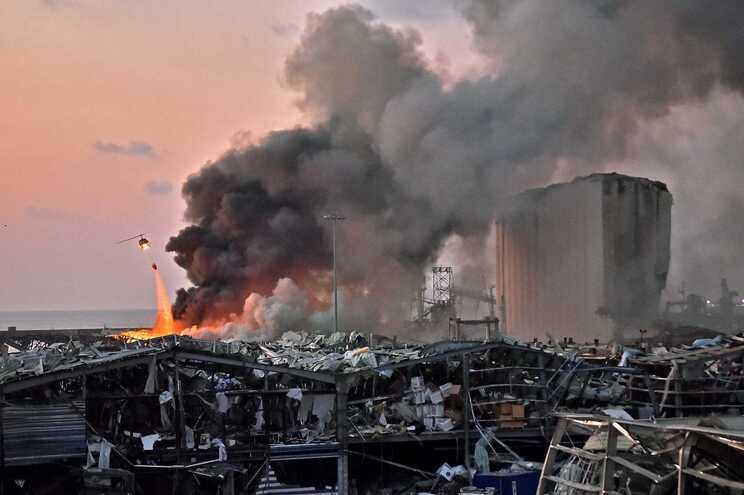 Explosão em Beirute causou cerca de 200 mortos