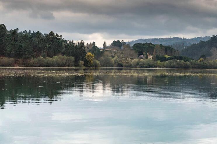 A regularização fluvial da maioria dos cursos de água do Norte e Centro representou um investimento de