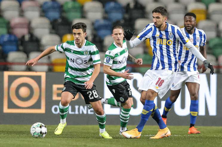 F. C. Porto e Sporting defrontam-se este sábado