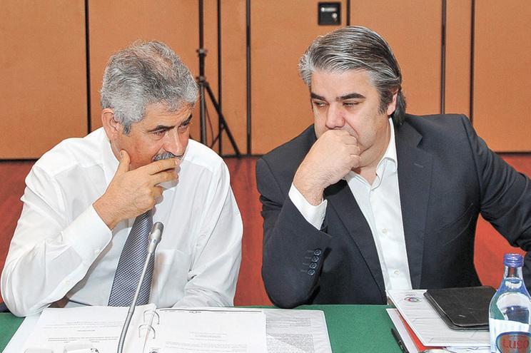 Luís Filipe Vieira e Paulo Gonçalves (ex-assessor jurídico) são os principais visados nos e-mails