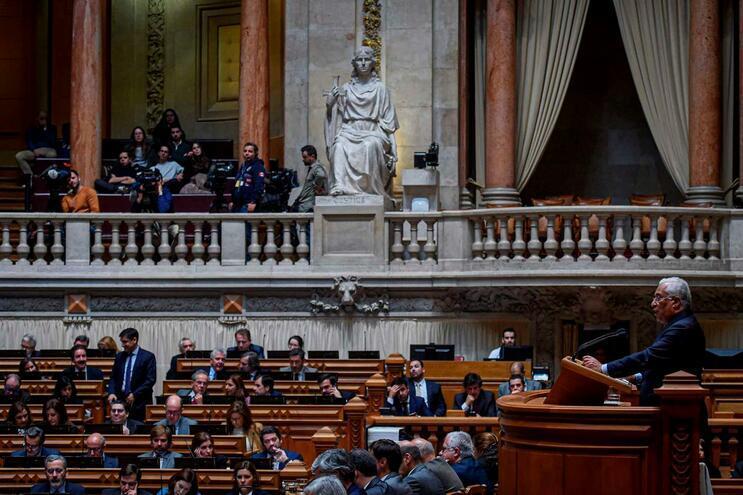 """António Costa diz que """"este é um excelente orçamento"""""""