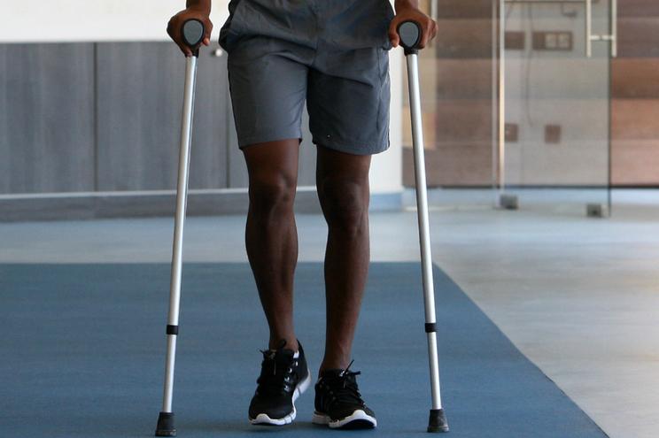 Equipa do Porto cria equipamento que substitui andarilhos e muletas