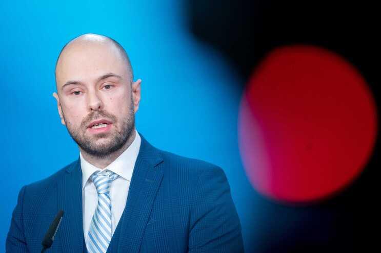 Ministro dos Negócios Estrangeiros montenegrino pediu ajuda numa carta enviada a 4 de março