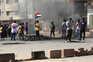 Manifestantes bloqueiam estradas na capital do Sudão