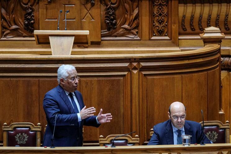 António Costa durante o debate quinzenal