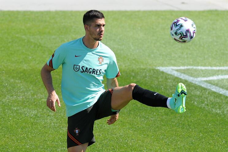 André Silva foi o segundo melhor marcador da Bundesliga com 28 golos