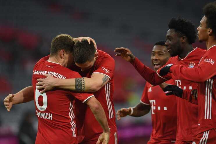 O Bayern Munique goleou este domingo