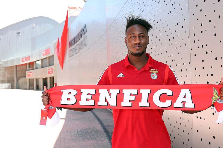 Mohamadou Keita é reforço do andebol do Benfica