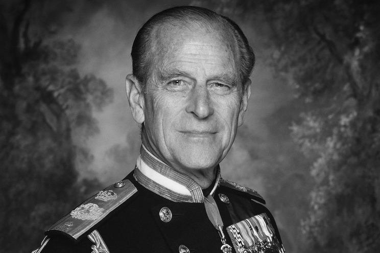Morreu o príncipe Filipe, marido de Isabel II
