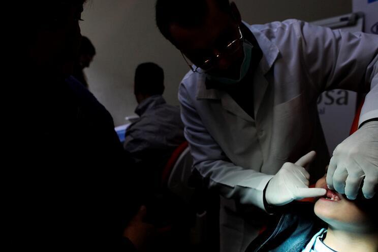 Diabetes dificulta o tratamento de infeções dentárias