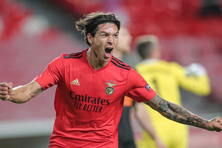 Benfica foi um dos dez clubes europeus que mais dinheiro gastou em contratações em 2020
