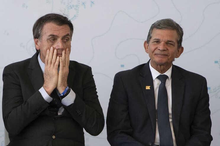 O presidente brasileiro, Jair Bolsonaro, e o general Joaquim Silva e Luna