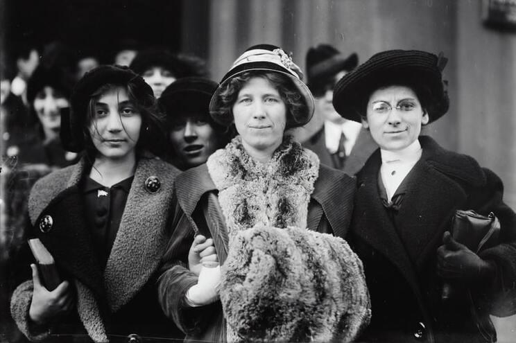 """A ativista trabalhista Flora Dodge """"Fola"""" La Follette, a reformadora social e missionária Rose Livingston"""