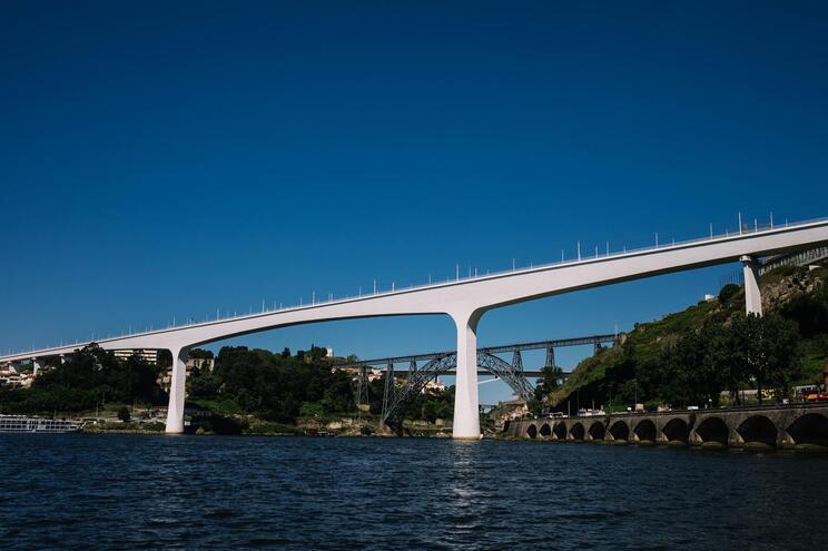 Nova travessia ficará próxima da ponte S. João