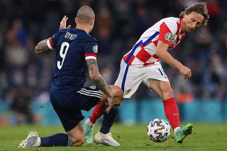 Croácia venceu a Escócia e está nos oitavos de final do Euro2020