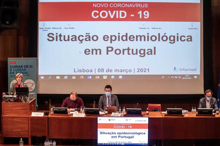 O encontro vai realizar-se no Infarmed, em Lisboa, a partir das 10 horas