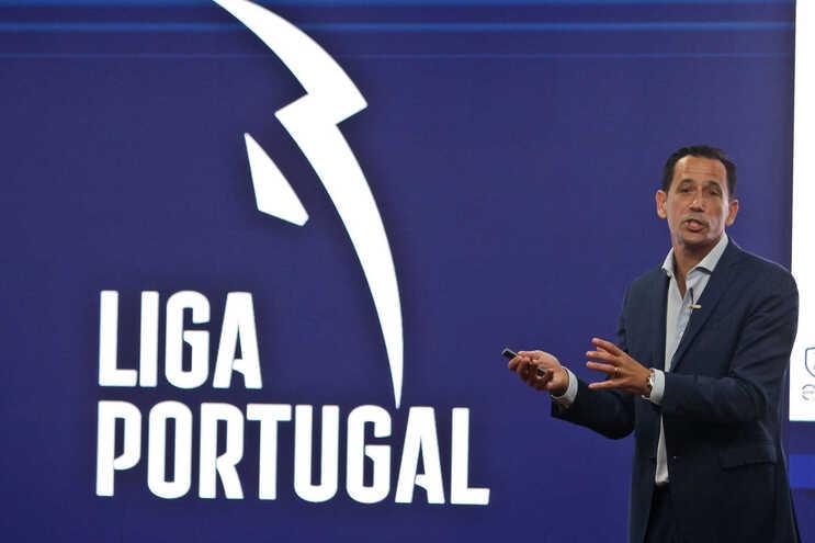 """Liga de clubes lamenta """"falta de apoios"""" do Governo e pede novo modelo de financiamento"""