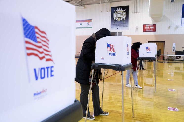 Contagem dos votos antecipados pode atrsar resultado das eleições nos EUA