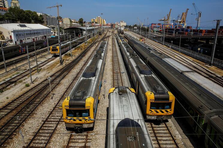 Ferrovia com 300 milhões de eurospara aquisição de 12 automotoras elétricas