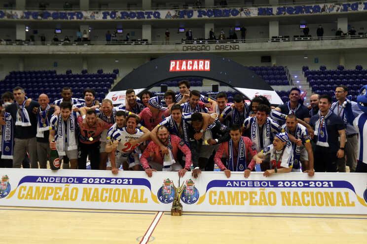 F. C. Porto é o campeão da 1.ª Divisão Nacional de andebol