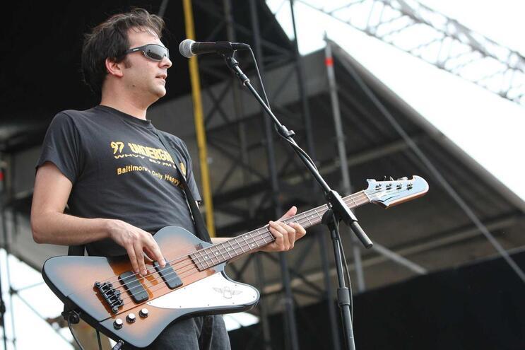 Músico Adam Schlesinger morre aos 52 anos com Covid-19