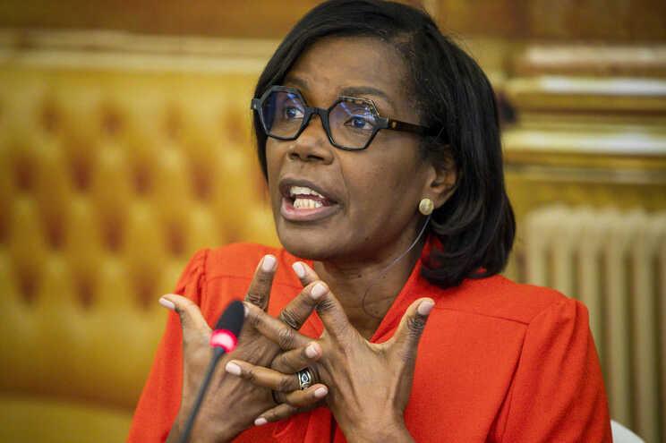 Ministra da Justiça, Francisca Van Dunem, já recebeu conclusões do grupo de trabalho