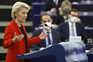 Von der Leyen não deixará que valores da União sejam postos em causa pela Polónia