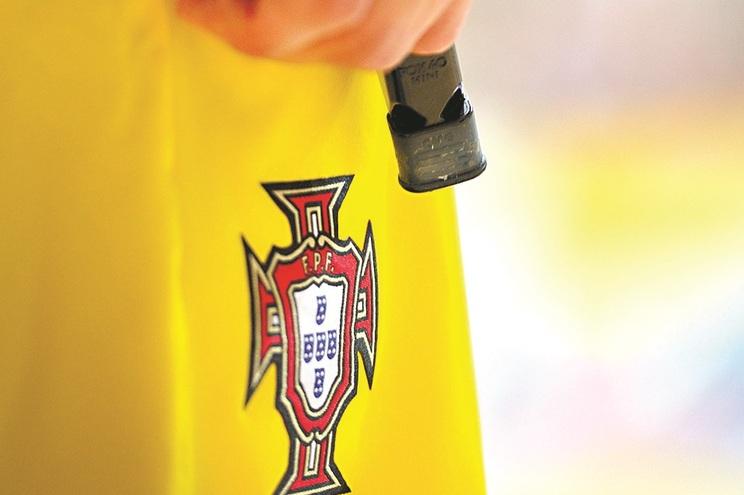 Taças de Portugal de futebol feminino e futsal masculino adiadas