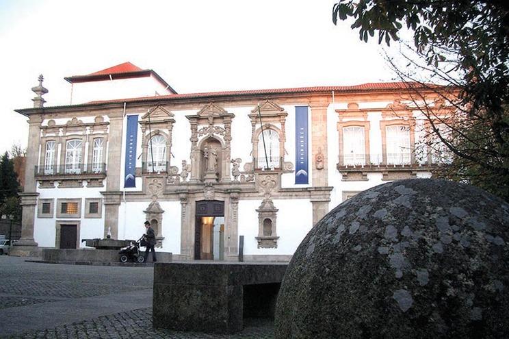 Fotos de sexo usadas para extorquir assessor da Câmara de Guimarães