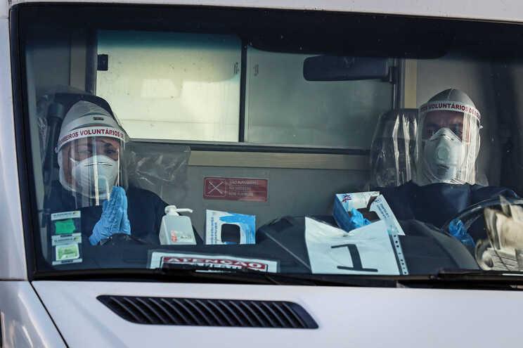 Mais nove mortes com covid-19 em Portugal. Óbitos registados na Grande Lisboa e no Alentejo