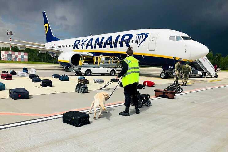 Boeing 737-8AS da Ryanair no aeroporto de Minsk