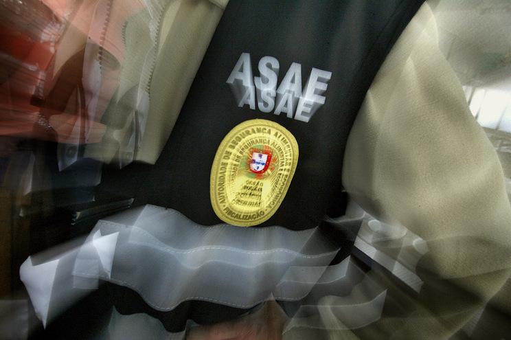 Cinco inspetores envolvidos em suspeitas de corrupção