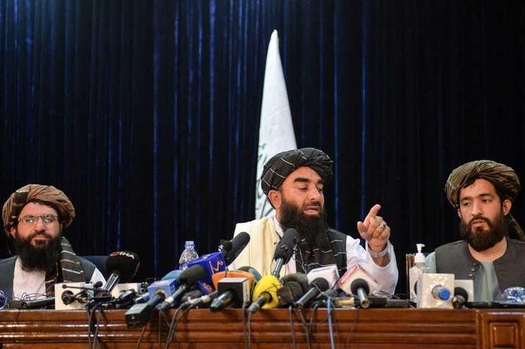 Para os talibãs, estender além do final de agosto a retirada de pessoas do Afeganistão representa uma