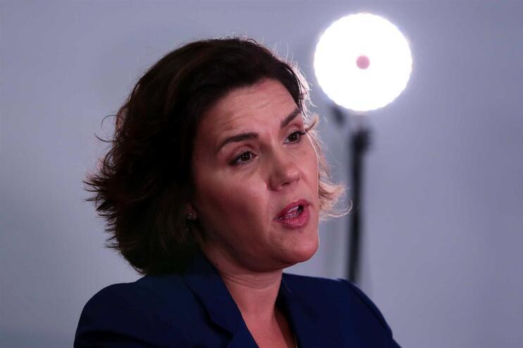 "CDS alerta para ""grande risco"" de país ""virar completamente à esquerda"""