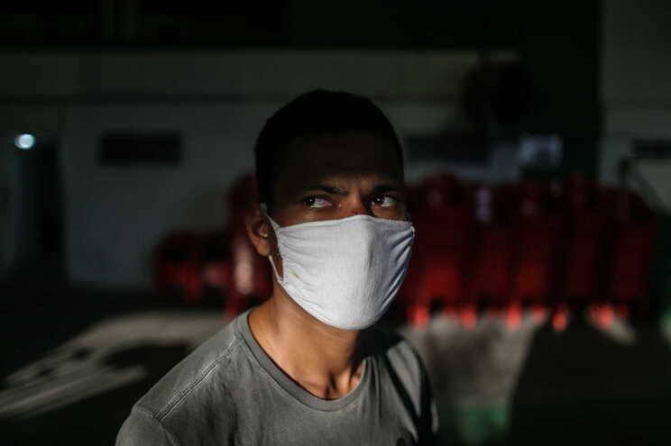 O Brasil é o segundo país com mais mortos devido à covid-19 e o terceiro com mais casos acumulados