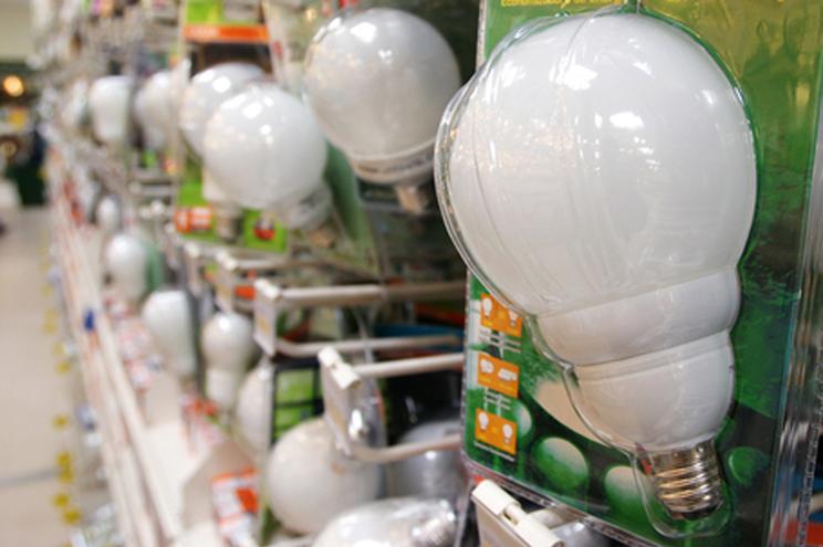 Lâmpadas LED brancas têm efeitos na saúde das pessoas e animais