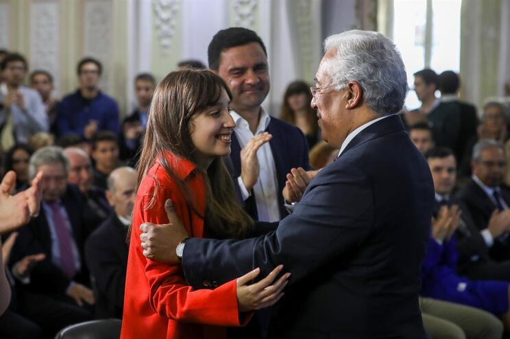 O secretário-geral do Partido Socialista, António Costa, na apresentação da mandatária, Filipa Maia