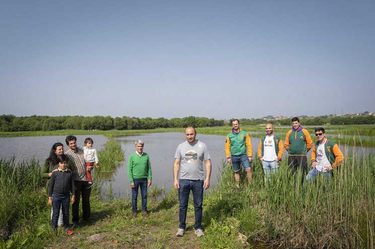 Grupo de padrinhos que querem incentivar o cultivo de arroz em Salreu