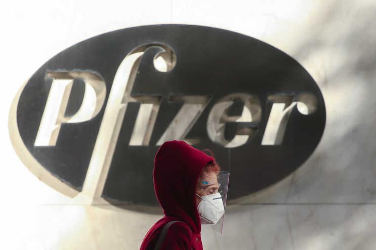 Vacina da Pfizer e BioNTech contra a covid-19 apresenta resultados provisórios muito promissores