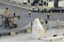 Parlamento cercado por blocos de cimento na véspera da manifestação de polícias