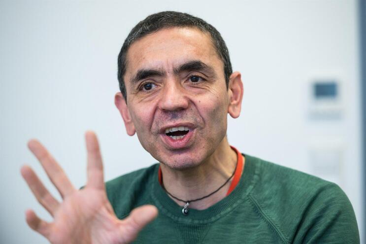 Ugur Sahin, de 55 anos, é o presidente da empresa biotecnológica alemã BioNTech